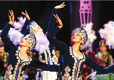 吉尔吉斯举办文化日演出