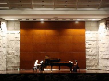 雅马哈钢琴荣登高端科学会议――冷泉港亚洲系列科学会议