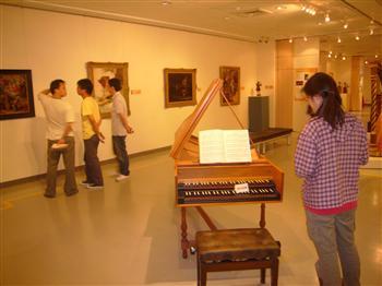 奇美绝色名琴在中国医药大学艺术中心展出