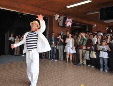 巴西著名舞蹈家Carlinho de Jesus首次亮相上海世博
