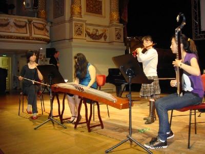 德国举办国际音乐会 中国留学生现场尽显东方神秘