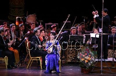 乌鲁木齐上演民族器乐曲新年音乐会